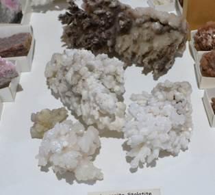Clusters Aragonite Stalatite Cluster