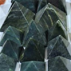 Pyramids - by weight Jade Nephrite Pyramid