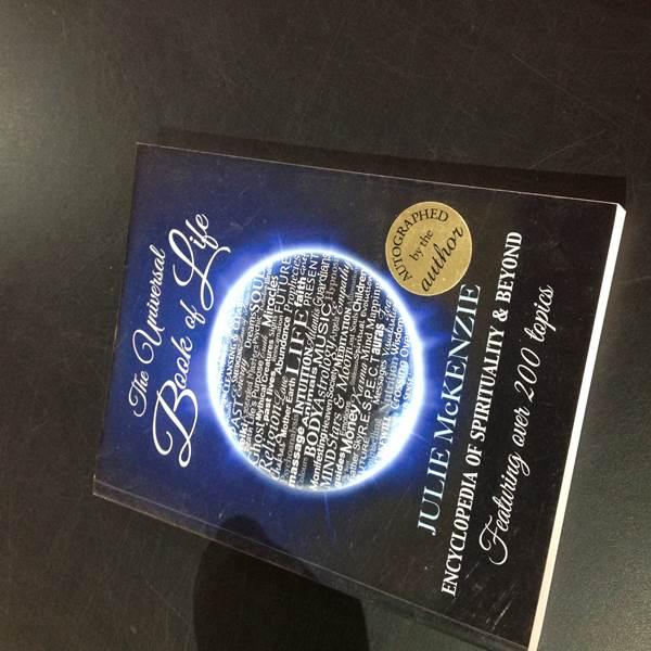 Publications Universal Book of Life – Julie Mckenzie