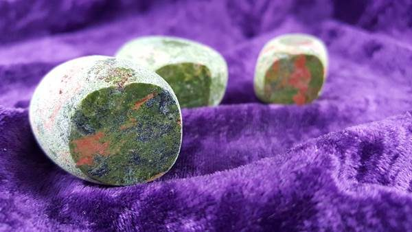 Other Polished Seer Stone Assorted