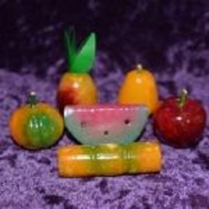 Carvings - by piece Fruit Onyx