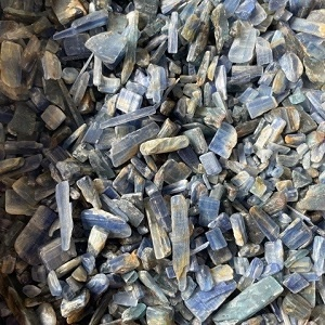 Chips - by weight Blue Kyanite Chips